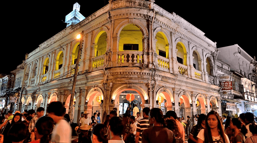Thị trấn Phuket sầm uất