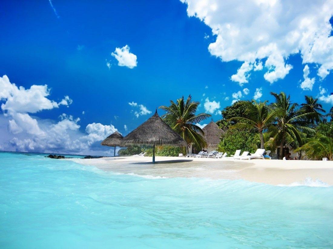 Cát trắng, nắng vàng, biển xanh Phú Quốc.