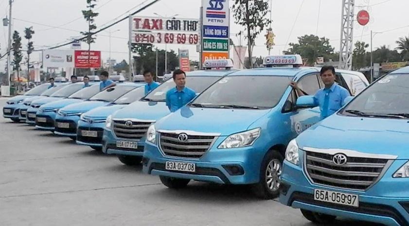 Taxi - phương tiện di chuyển ở Cần Thơ phù hợp cho những gia đình có con nhỏ
