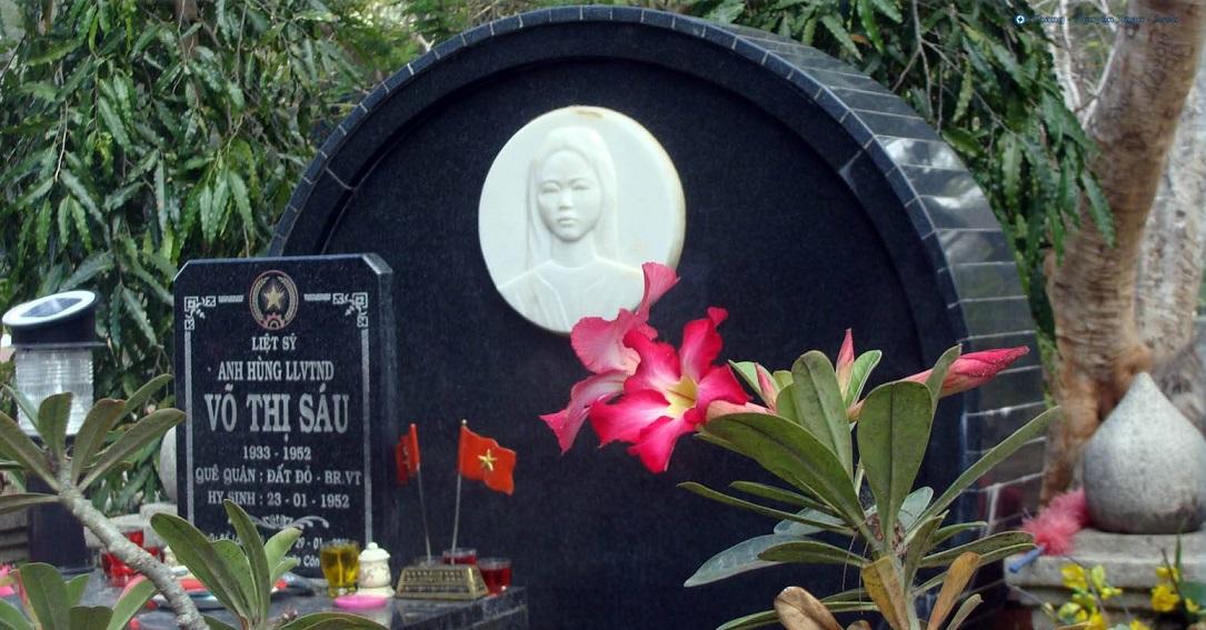 Mộ chị Võ Thị Sáu