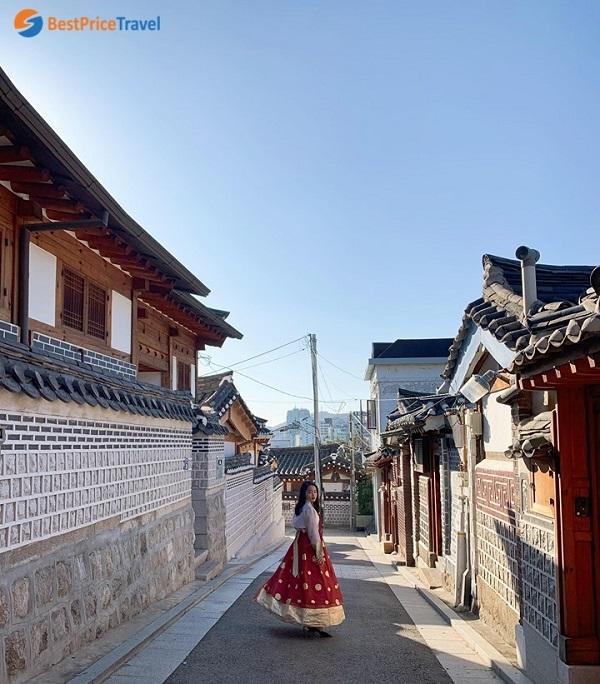 Mặc Hanbok du lịch làng cổ Bukchon Hanok