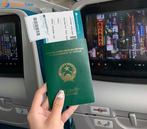 Vé máy bay Vietnam Airlines trong tour Hàn Quốc