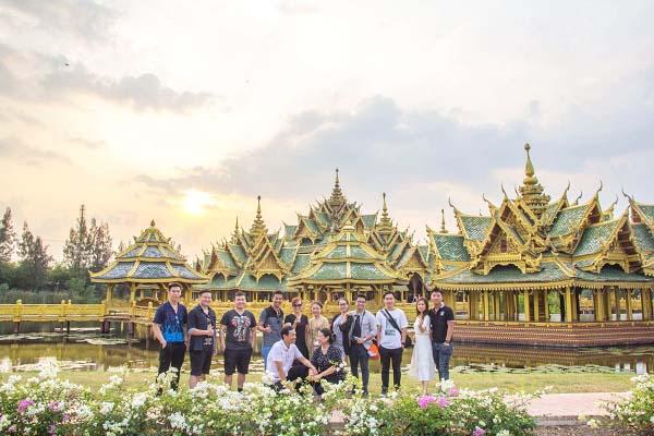 Hoàng hôn ở Muang Boran