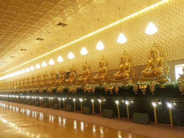Kiến trúc phủ vàng đầy mê hồn của Muang Boran
