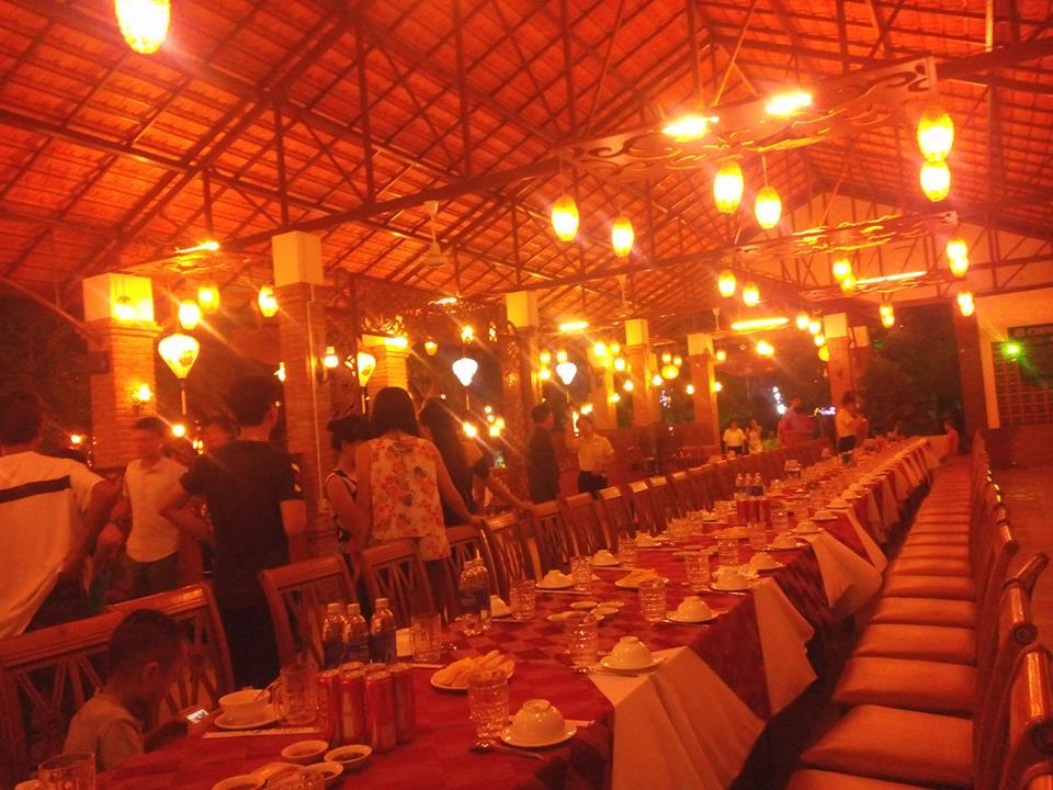 Một nhà hàng ở Nha Trang trang trí đẹp mắt
