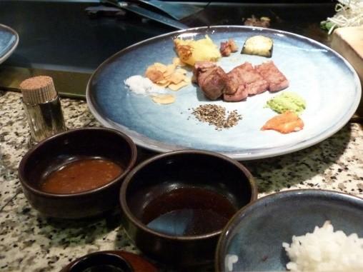 Món bò Kobe nổi tiếng