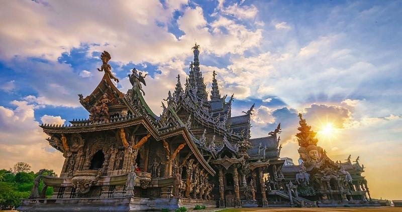 Lâu đài gỗ ở Pattaya