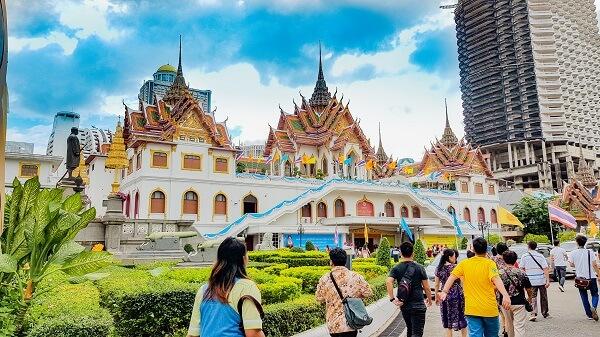 Du lịch Thái Lan là điểm đến nổi tiếng và hấp dẫn du khách