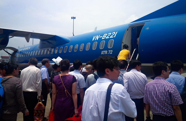 Máy bay là phương tiện được nhiều du khách lựa chọn