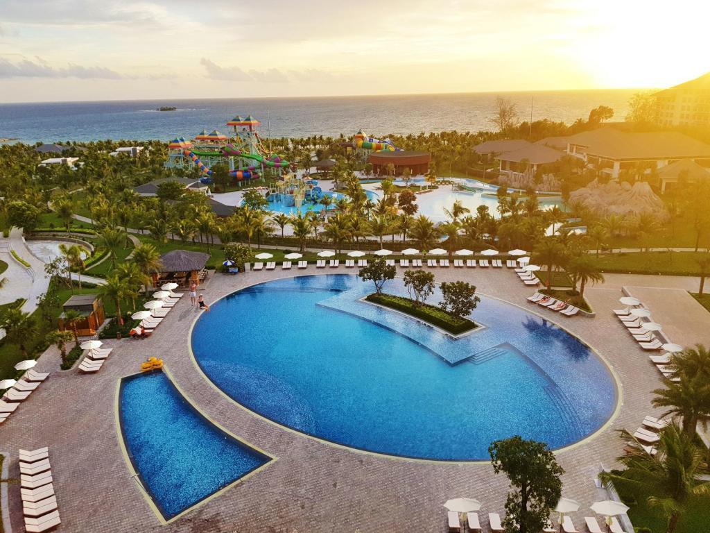 Toàn cảnh khách sạn VinOasis Phú Quốc 5*