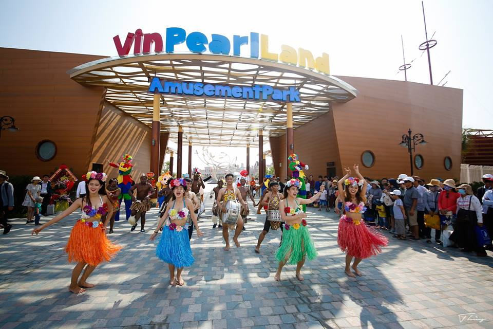 Cổng vào khu giải trí Vinpearl Land Nam Hội An