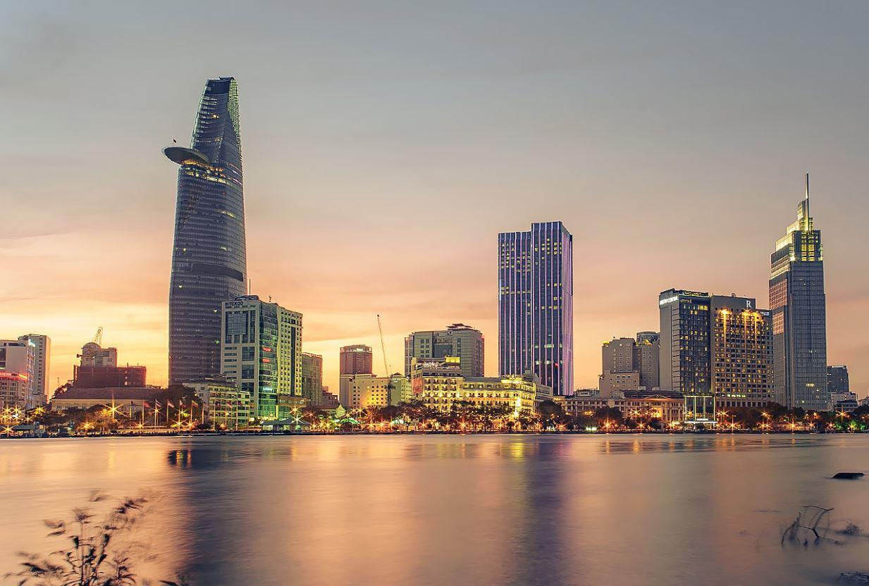 Đặt vé máy bay đi Hồ Chí Minh giá rẻ