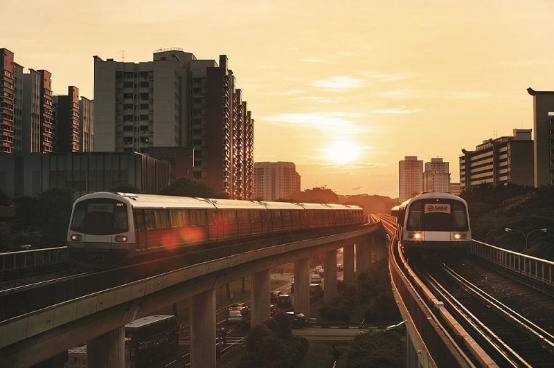 Đi bằng MRT đến vườn chim Jurong
