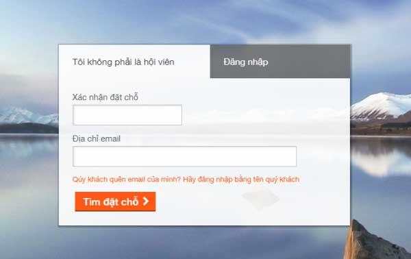 Giao diện website của Jetstar để kiểm tra vé máy bay
