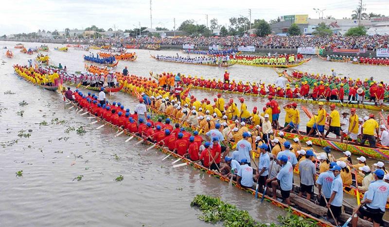 Lễ hội Ok Om Bok của người Khmer tại Cần Thơ