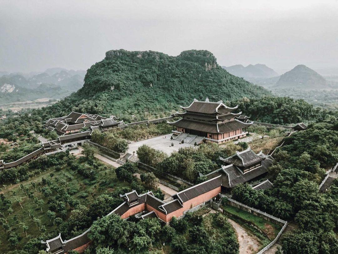 Yên Tử là một trong những địa điểm du lịch Tết được yêu thích