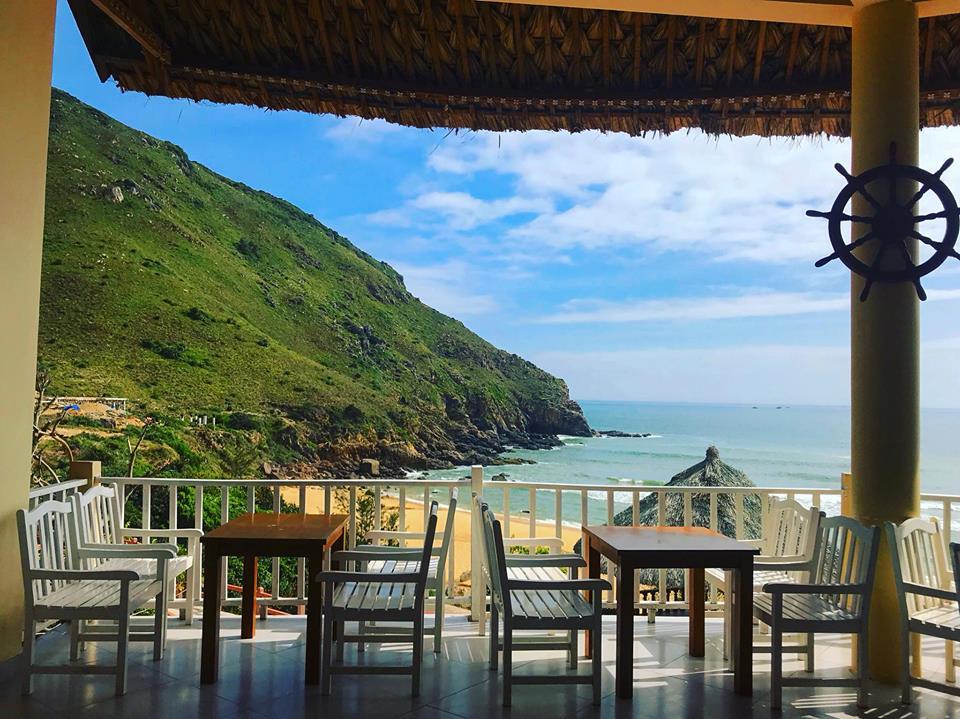 View từ nhà hàng hải sản Quy Nhơn