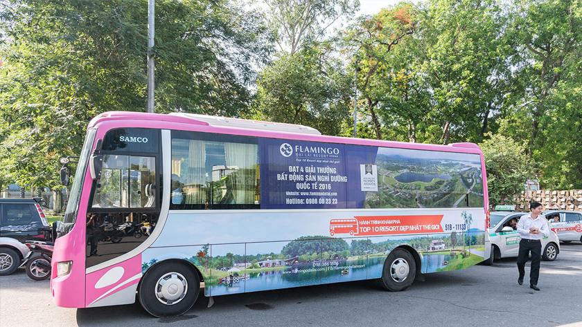 Xe bus đưa đón của Flamingo Đại Lải