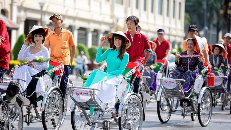 Du lịch Sài Gòn bằng xích lô