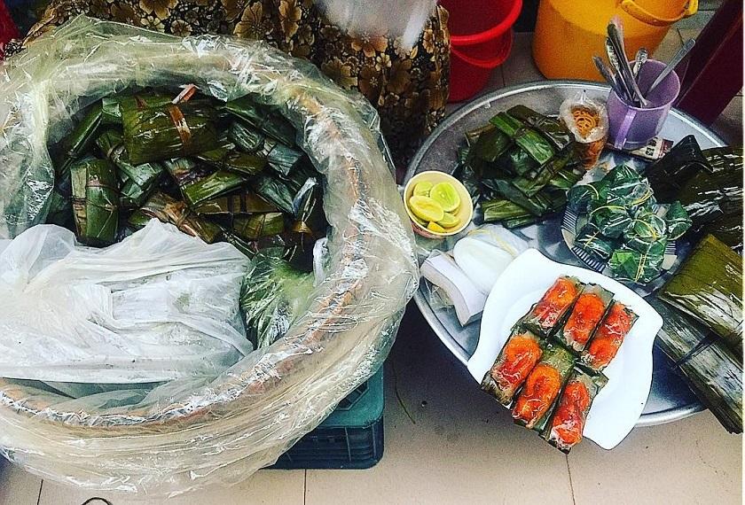 Khu ẩm thực ngoài trời được du khách đánh giá cao khi review chợ Cồn Đà Nẵng
