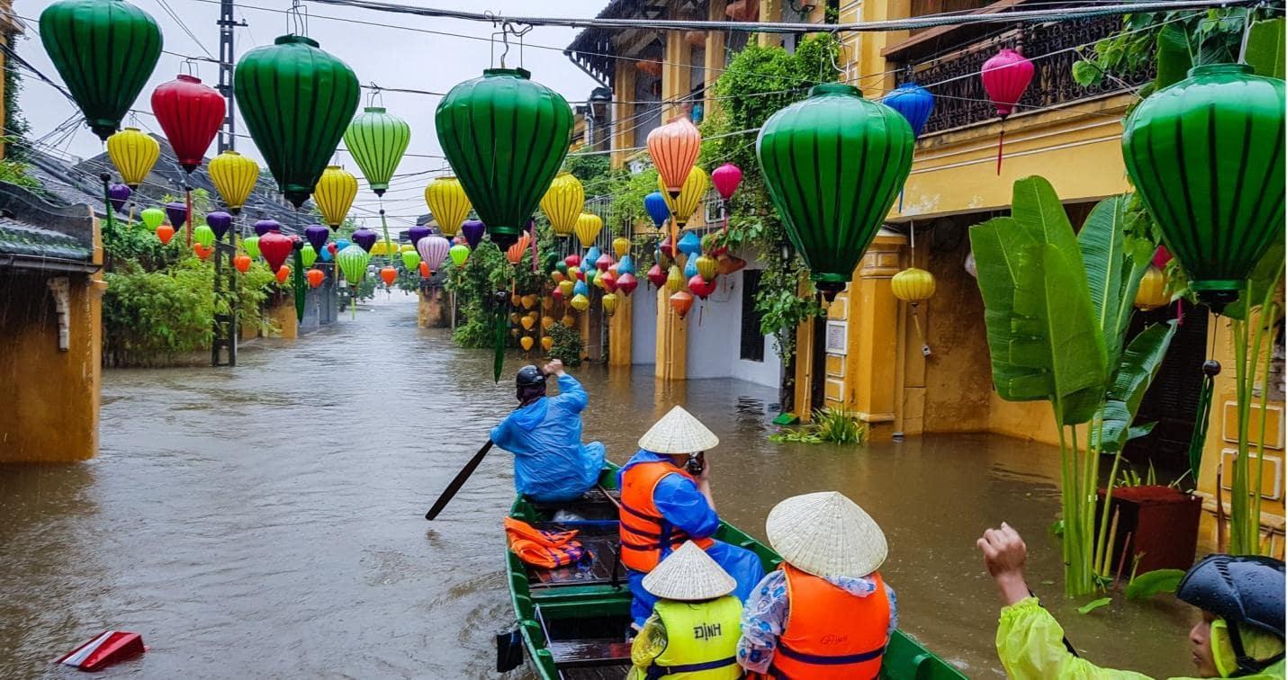 Du lịch Hội An mùa nước lũ