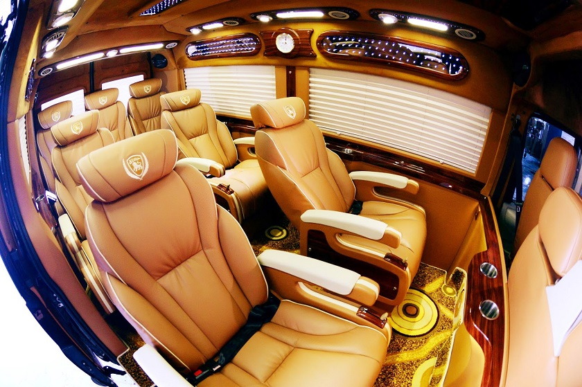 Xe Limousine - Phương tiện đi Sapa phổ biến