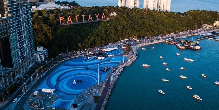 Pattaya được mệnh danh là thành phố không ngủ ở Thái Lan