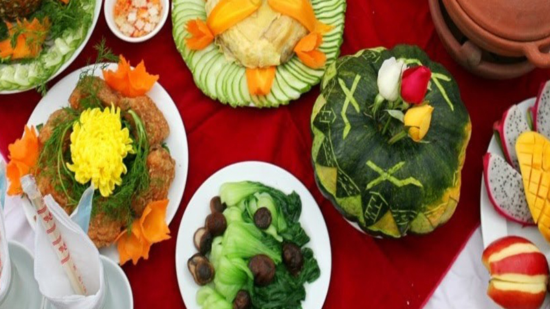 Các món ăn ở nhà hàng Sơn Cảng được bày đẹp mắt