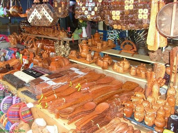 Sản phẩm thủ công mỹ nghệ làm từ dừa Bến Tre