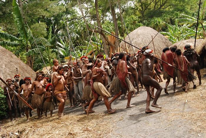 Các bộ lạc ở thung lũng Baliem