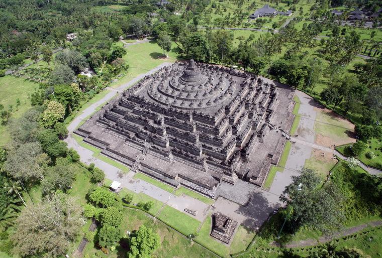 Kiến trúc độc đáo của ngôi đền