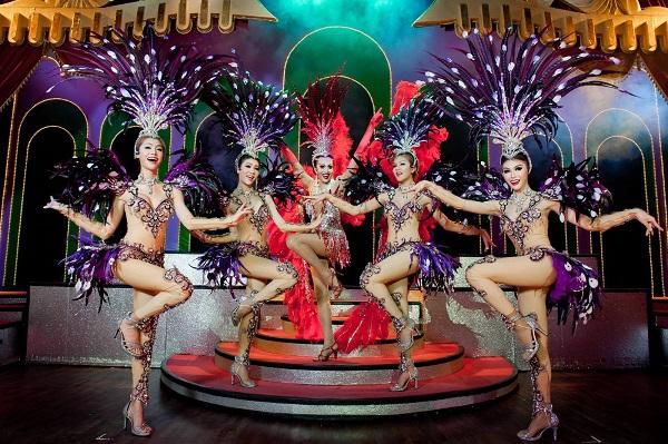 Show diễn tại Thái Lan