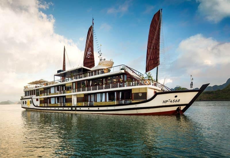 Du thuyền Orchid với thiết kế pha trộn giữa châu Á và châu Âu