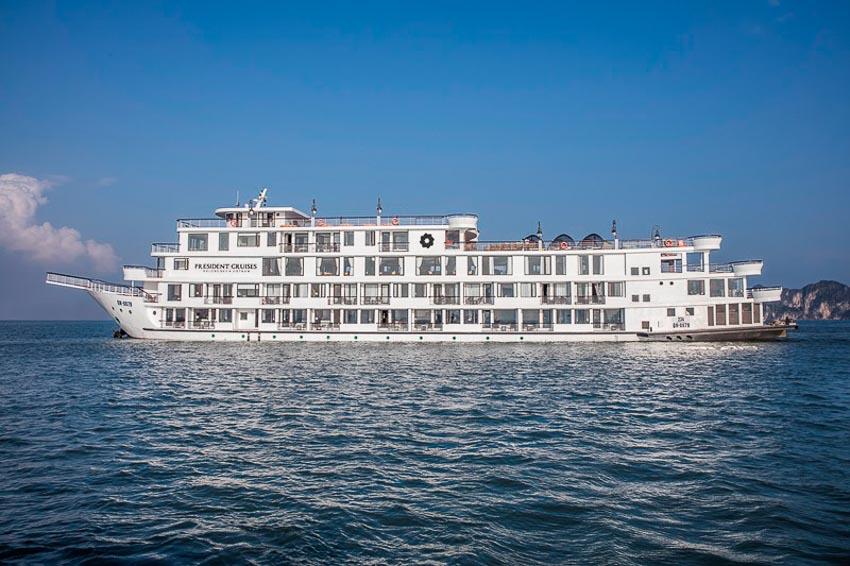Du thuyền President với diện tích lớn nhất so với các du thuyền ở Hạ Long