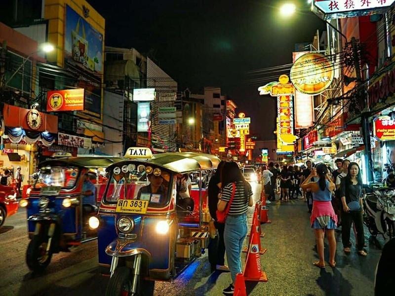 Chợ đêm China Town