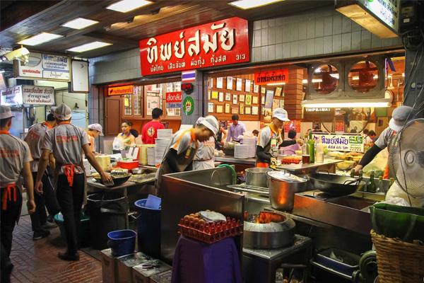 Thip Samai - Quán Pad Thái ngon nhất Bangkok