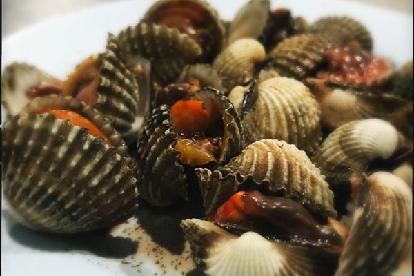 Lek Seafood - Điểm đến của tín đồ mê hải sản