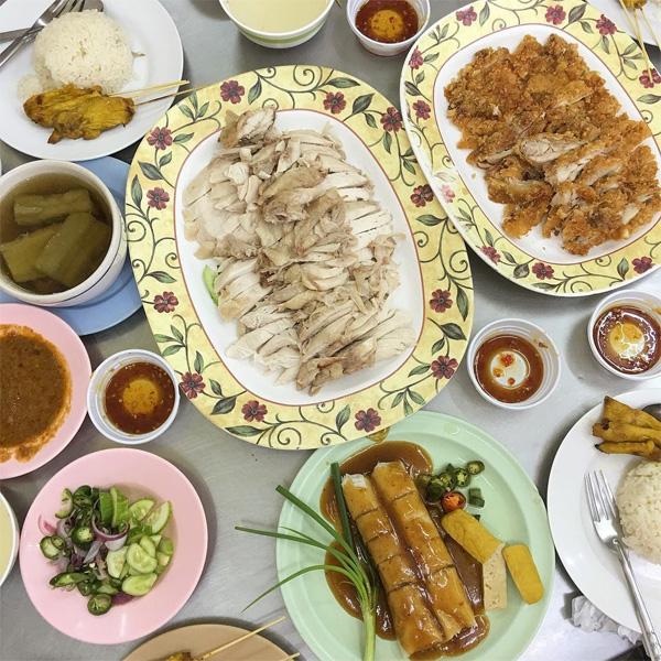 Kuang Heng Kaiton Pratunam - Quán ăn địa phương không thể bỏ qua khi du lịch Bangkok tự túc