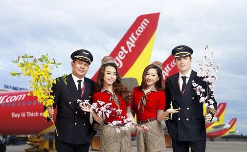 Vietjet Air nhận vận chuyển hoa đào, mai Tết Nguyên đán 2020