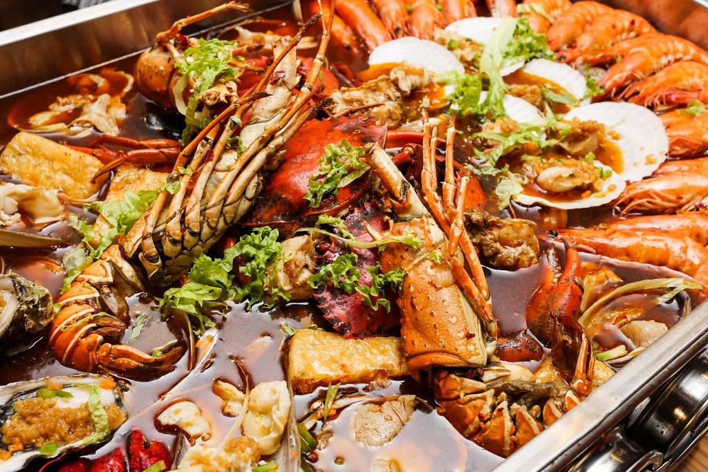 Nhà hàng hải sản Hội An