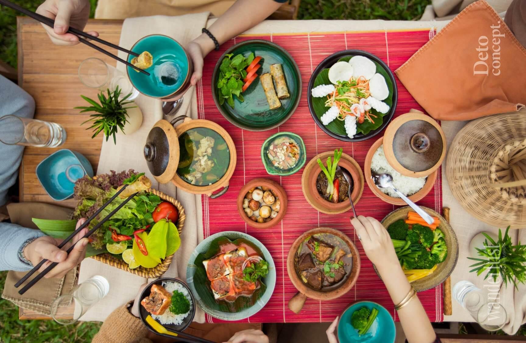 Thưởng thức những món ăn truyền thống Việt Nam tại khách sạn Emeralda Ninh Bình