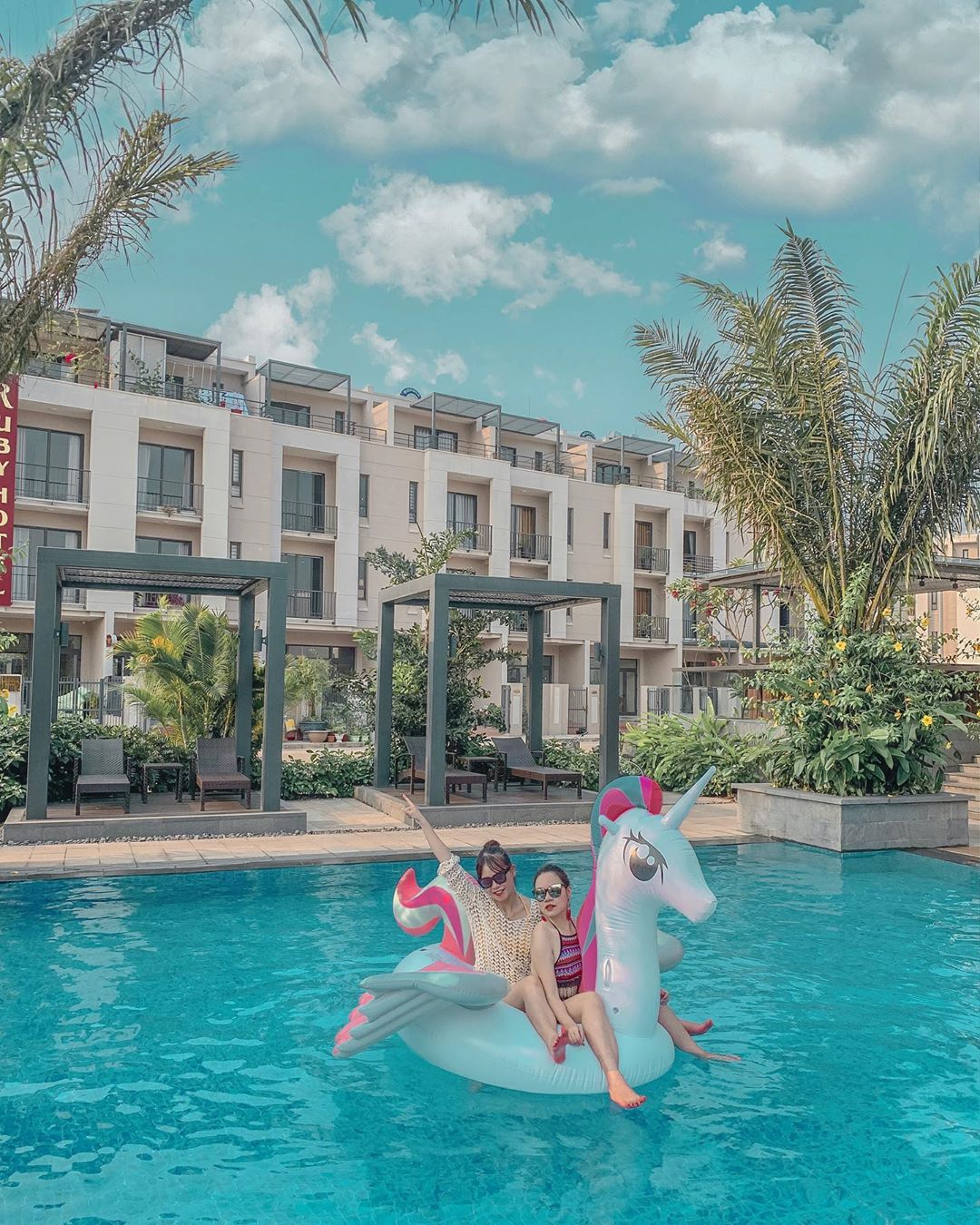 Muôn góc sống ảo tại Royal Lotus Hạ Long Resort & Villas