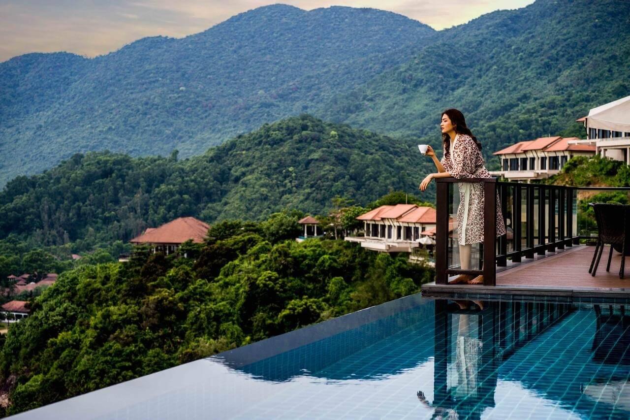 Bỏ lại sự ồn ào với Banyan Tree Lăng Cô Hotels & Resort