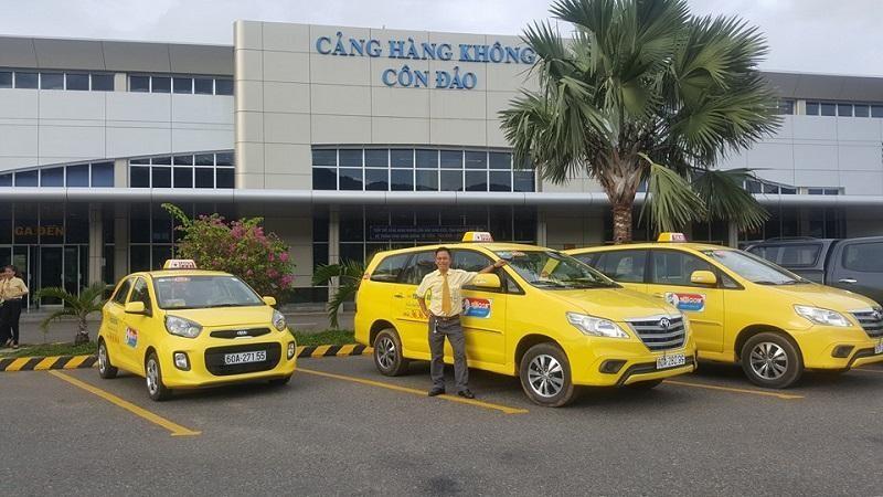 Đi taxi từ sân bay Côn Đảo về trung tâm thị trấn