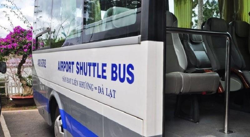 Xe bus đưa đón từ sân bay Liên Khương về trung tâm thành phố