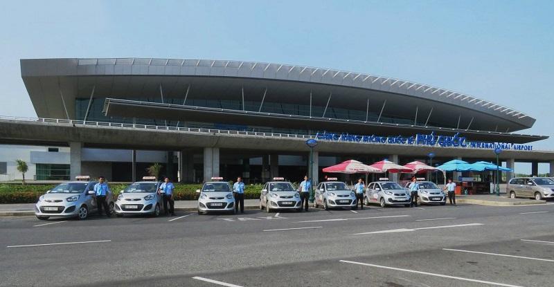 Đi taxi từ sân bay Phú Quốc về trung tâm Dương Đông
