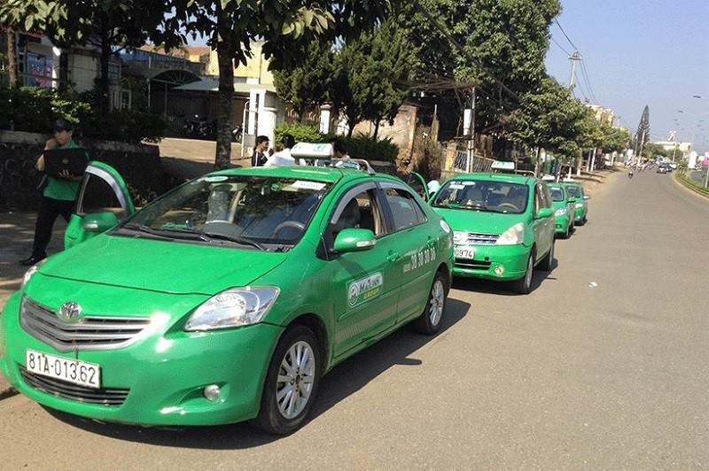 Đi taxi từ sân bay Pleiku về trung tâm thành phố