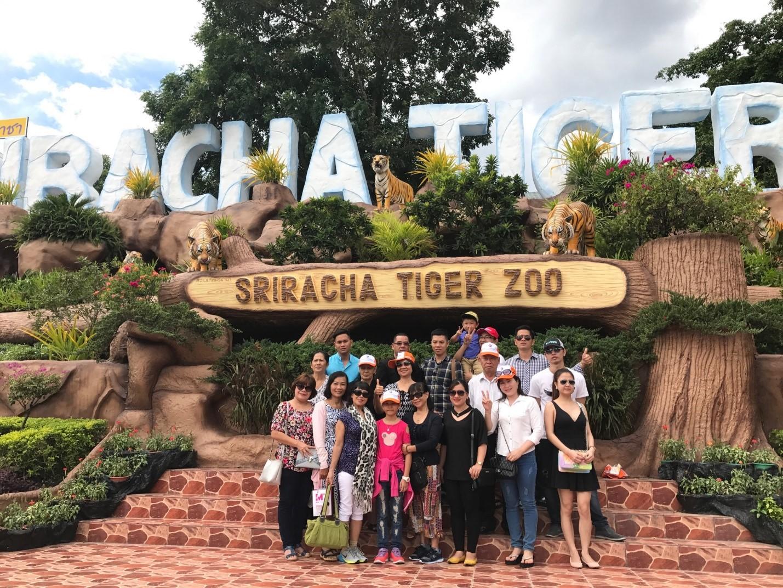 Khách đi tour Thái Lan