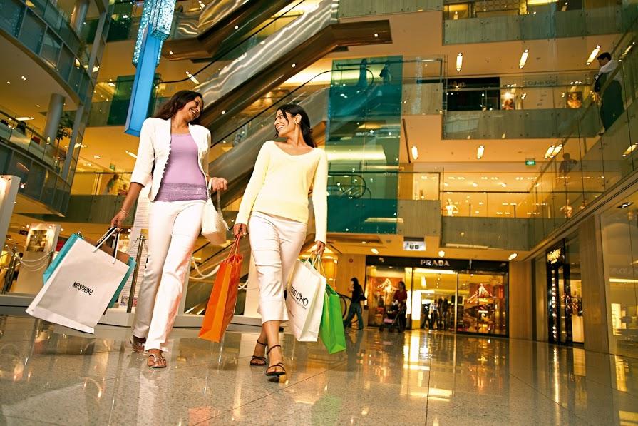 Shopping mùa giảm giá tại Singapore