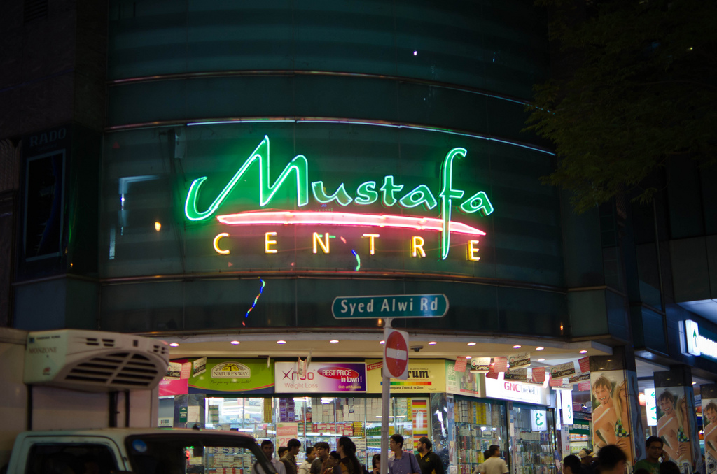 Mustafa center-thiên đường mua sắm về đêm